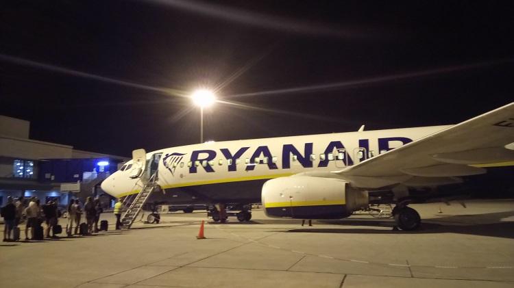 Самолет Ryanair за €1